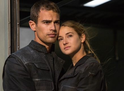 movie-still-tris-and-four-37365629-4883-3571